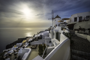 GREEK TOURISM UNCOVERED REPORT
